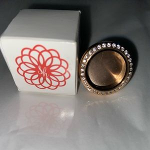 Jewelry - South Hills Locket ring.